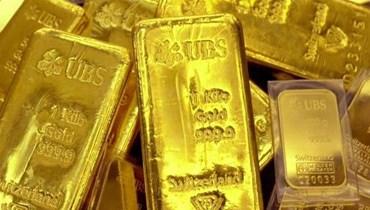 الذهب ينزل دون 2000 دولار مع ارتفاع العملة الأميركية
