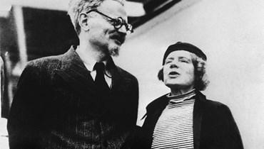 """ليون تروتسكي صاحب نظريّة """"الثورة الدائمة والعالميّة""""... في خمس نقاط"""