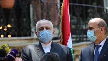 ظريف يحذّر من الضغوط الأميركيّة لتفعيل العقوبات على طهران