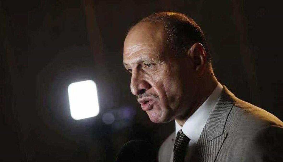 نجم العراق السابق وزيراً للشباب والرياضة