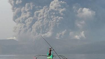 الفيليبين تحذّر من خطر بركان تال... رغم هدوئه