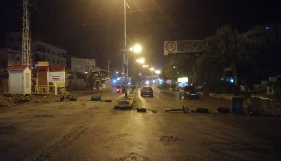 قطع عدد من الطرق في البقاع ودعوات لإضرابٍ عام الخميس (صور)