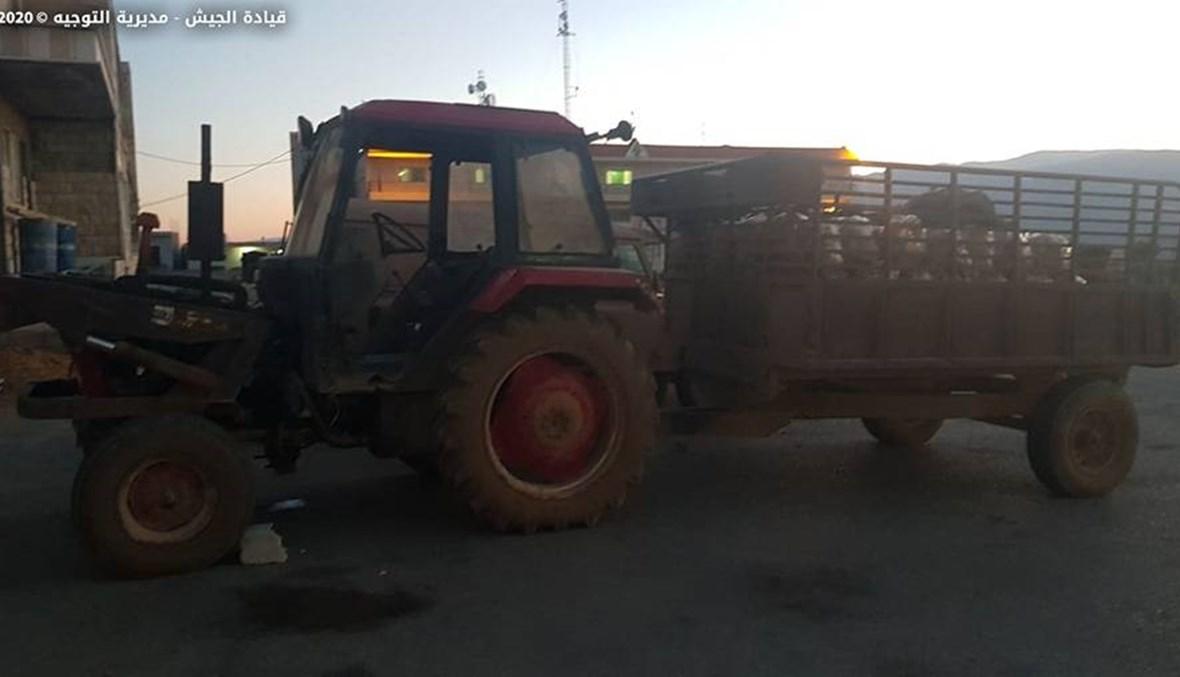 الجيش: ضبط جرّار زراعيّ وكمية من البطاطا المعدّة للتهريب (صور)
