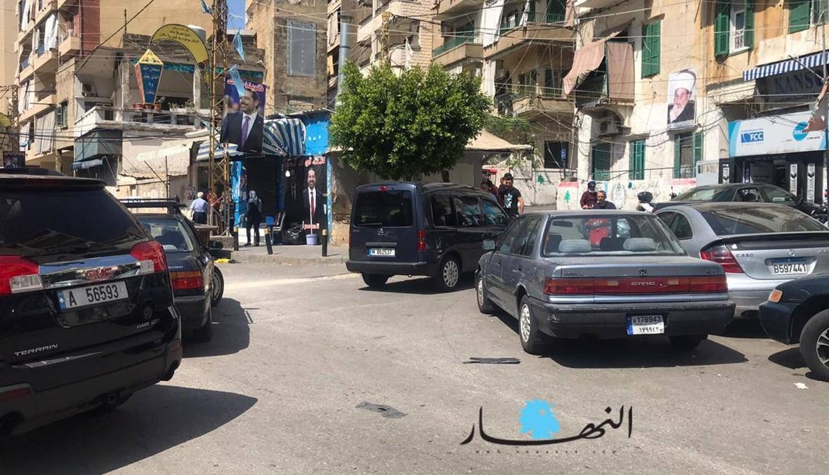 """""""كل مين إيدو إلو"""" في الساحات اللبنانية... حمْل سكاكين وسواطير في طريق الجديدة"""