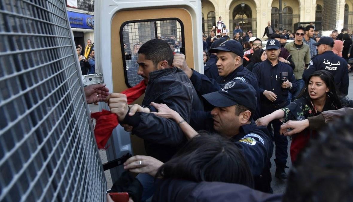 """الجزائر: تأجيل محاكمة """"سجين الحراك"""" كريم طابو في قضية ثانية إلى 1 حزيران"""