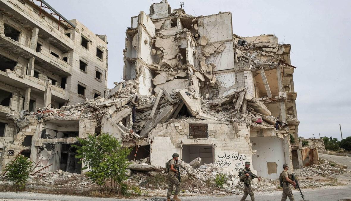 مقتل جندي تركي في انفجار قنبلة في إدلب لدى مرور قافلة تركية