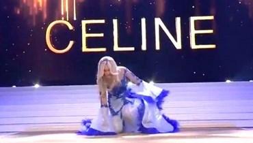 فيديو- ملكة جمال بلجيكا تتعثّر وتسقط أرضاً مع حمّالة الصدر!