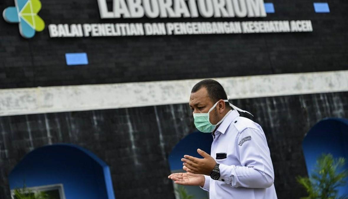 إندونيسيا قد تصل ذروة تفشي كورونا في مطلع أيار
