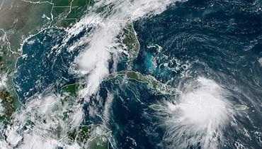 """العاصفة """"لورا"""" تضرب هايتي: لويزيانا الأميركيّة تترقّب الإعصار """"ماركو"""""""