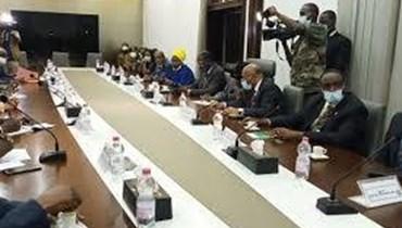 """مالي...المفاوضات بين الإنقلابيين و""""الإيكواس"""" لم تتوصل إلى اتفاق للعودة إلى الحكم المدني"""