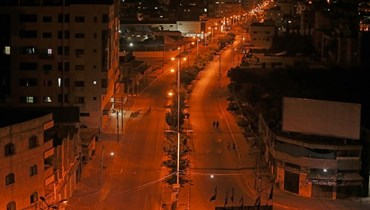 اطلاق صواريخ من غزة على اسرائيل بعد غارات اسرائيلية على مواقع لحماس