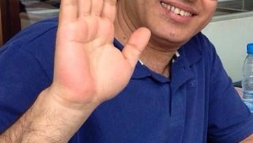 عباس شاهين يتعرّض للسرقة... لا علاقه له بصور الأميرة هند آل سعود (فيديو)