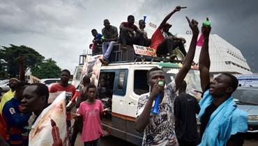 """دول غرب إفريقيا تدعو مجدّداً إلى انتقال """"سريع"""" للسلطة في مالي"""