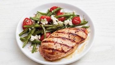الدجاج مع الفاصولياء الخضراء: طبق من المطبخ اليوناني