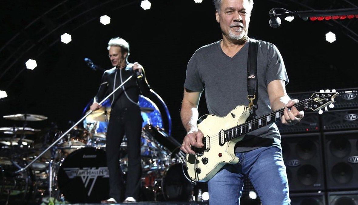 David Lee Roth, left, and Eddie Van Halen of Van Halen performing. (AP Photo)