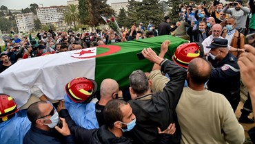 """""""رجل ينتمي إلى جيل الأبطال""""... وفاة لخضر بورقعة أحد وجوه الحراك وحرب استقلال الجزائر"""