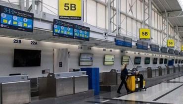 مسافرة تصعد طائرة أميركية من دون تذكرة