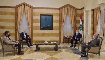 """وزير الداخلية التقى وفد جمعية تجار بيروت... """"القطاع التجاري انهار إلى تحت الأرض"""""""
