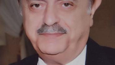 أصيب بكورونا... رحيل الأديب اللبناني فؤاد الريس