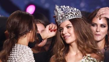 """مايا رعيدي متّهمة بـ""""تسليع المرأة"""" اللبنانية مقابل السياحة... أين وزارة الثقافة؟"""