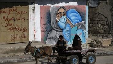 """""""الوضع الكارثي""""... إصابات كورونا في غزة تسجل ارتفاعاً كبيراً وإغلاق جديد في الضفة الغربية"""